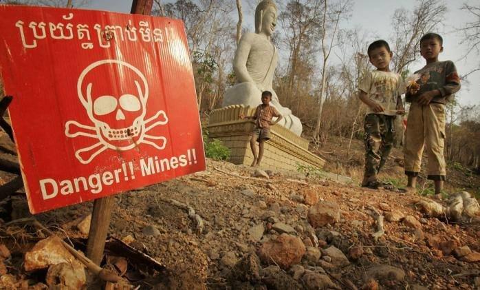 Cambodia-Landmines.jpg