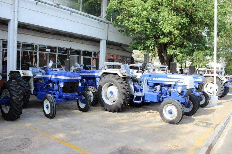 trucks_tractors (2).jpg